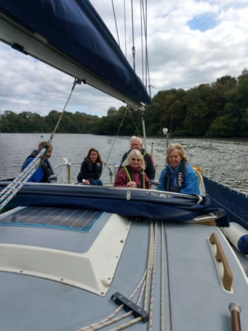 Up the river to Totnes on Drongo